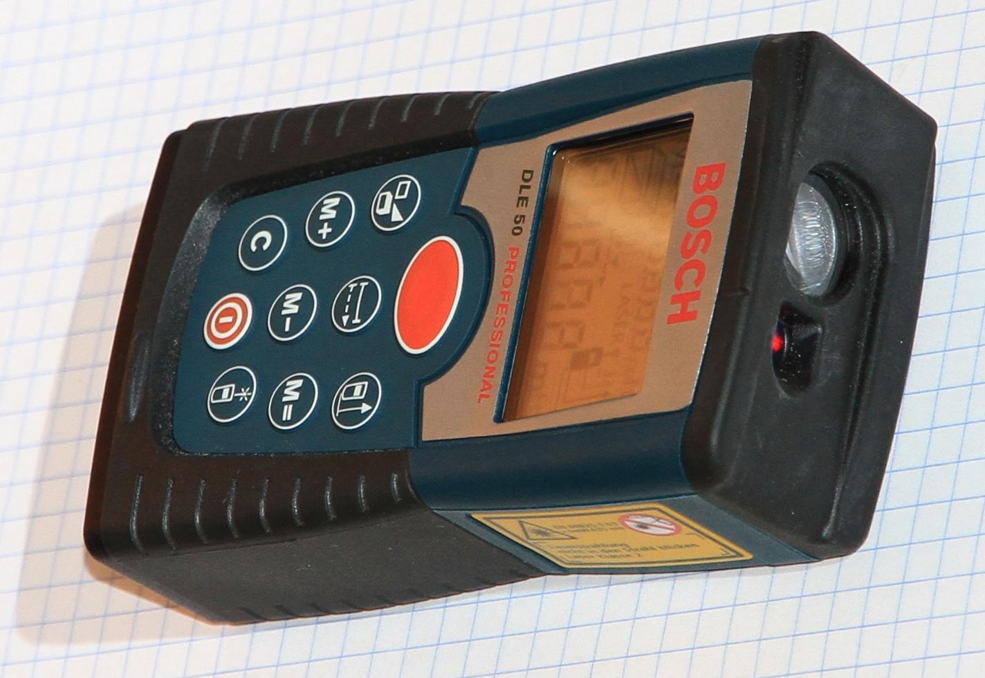 Bosch Entfernungsmesser Hornbach : Wohnung mit laser distanzmessgerät prüfen entfernungsmesser