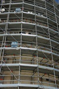 Auf der Baustelle im Einsatz: Lasermessgeräte
